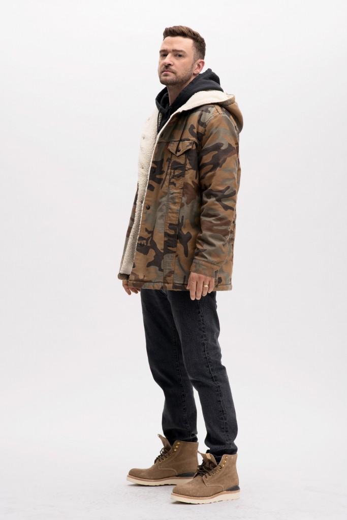 אתם חייבים את המעיל הזה לחורף הקרוב | קולקציית הקפסולה של ליוויס וג'יסטין טימברלייק | צילום: יח''צ חו''ל