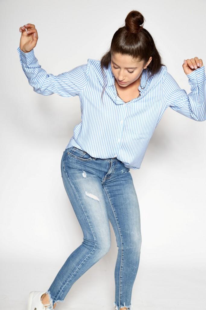 בין דגמי הקולקציה הבולטים ניתן למצוא לבנים/בנות מגוון רחב של ג'ינסים עם חידושים מעניינים, גוונים חדשים וגזרות מחמיאות.