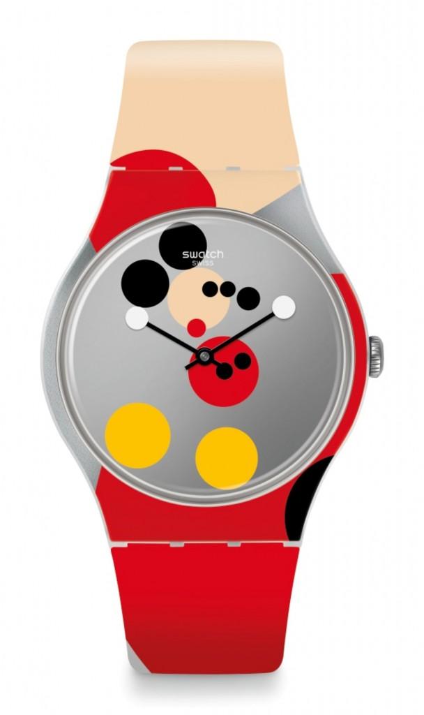 """שעון יד של סווטש / מהדורת חגיגות 90 שנה למיקי מאוס / מחיר 599 ש""""ח / צילום: יח""""צ חו""""ל"""