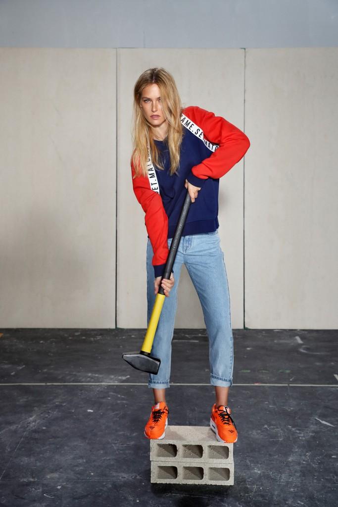 העיצוב הקלאסי הוא האמירה החדשנית. הג'ינסים הקלאסיים מככבים לראשונה ב- HOODIES .מינימליסטיים, מעוצבים להפליא ועל זמניים