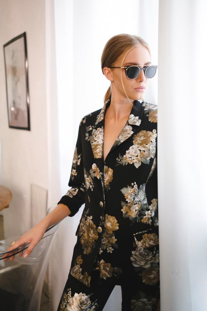 תארזו לנו את חליפת הפיג'מה. תודה! | קולקציית חורף 19 של המעצבת לארה רוסנובסקי | צילום: ליה גלדמן