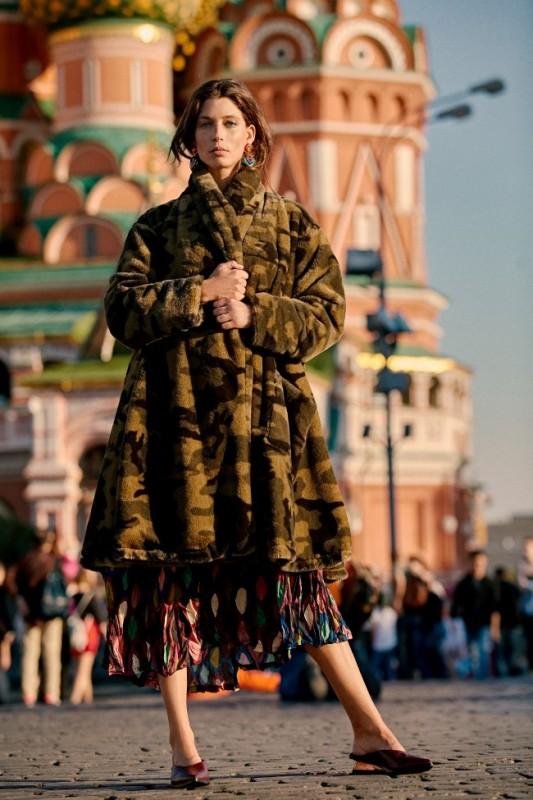 את המעיל בבקשה בשקית, תודה! | אלמביקה חורף 18-10 | גורן-ליובונציץ.