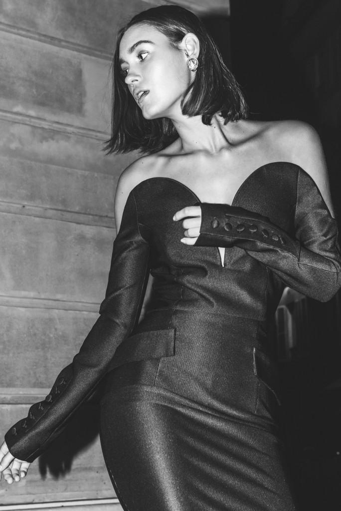 השמלה היא המאסט אב לחורף הקרוב | קולקציית חורף 19 של Sample | צילום: רייצל רביבו