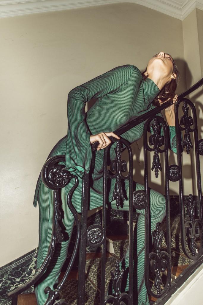החליפה הירוקה לארון הפרטי שלנו | קולקציית חורף 19 של Sample | צילום: רייצל רביבו