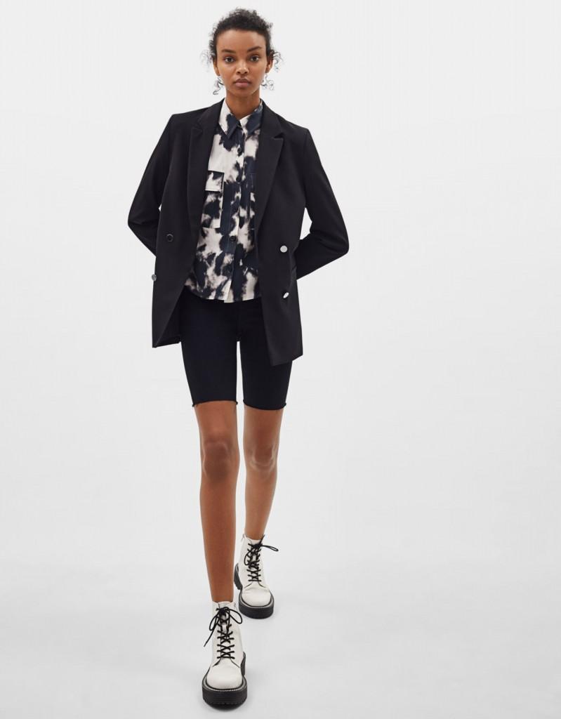הקולקציה מציעה מגוון רחב של טי שירט טאי דאי בעיצובים ושילוב דפוסים שונים. העונה, מתווסף דפוס הטאי דאי גם אל ג'ינסים, חולצות מכופתרות, שמלות ואפילו סריגים לצד סטים של פריטים מעוצבים.