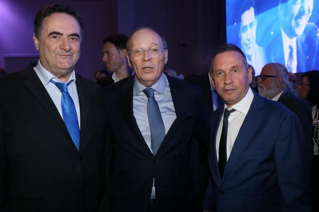 מימין אבנר קופל שמואל שניצר וישראל כץ / צלם: אמיר מאירי